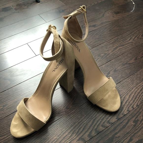 2d752ff5d47 Medina Block Heels - Like New